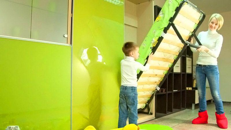 Управлять газлифтовым механизмом может даже ребенок