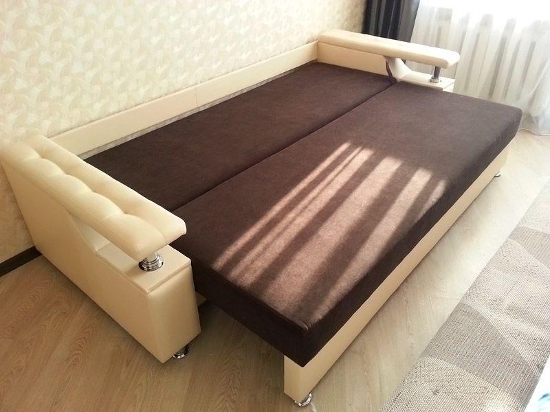 Самый привычный вариант трансформера – раскладной диван