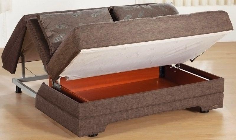 Удобно, когда в конструкции есть место для хранения постели