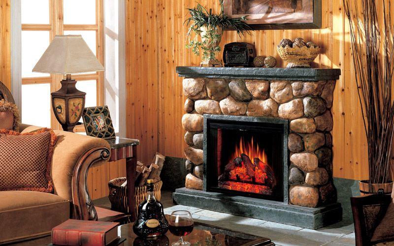 Не рекомендуется ставить камин напротив окна или яркой лампы. Свет будет снижать эффект искусственного пламени