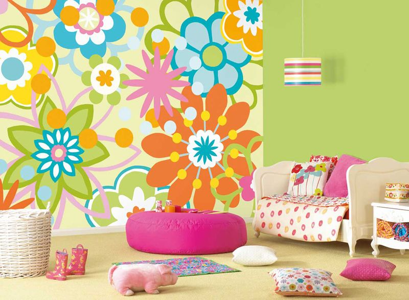 В помещении детской комнаты нет каких-то особых правил в применении шаблонных рисунков. Их можно наносить в любом месте и практически в любом количестве