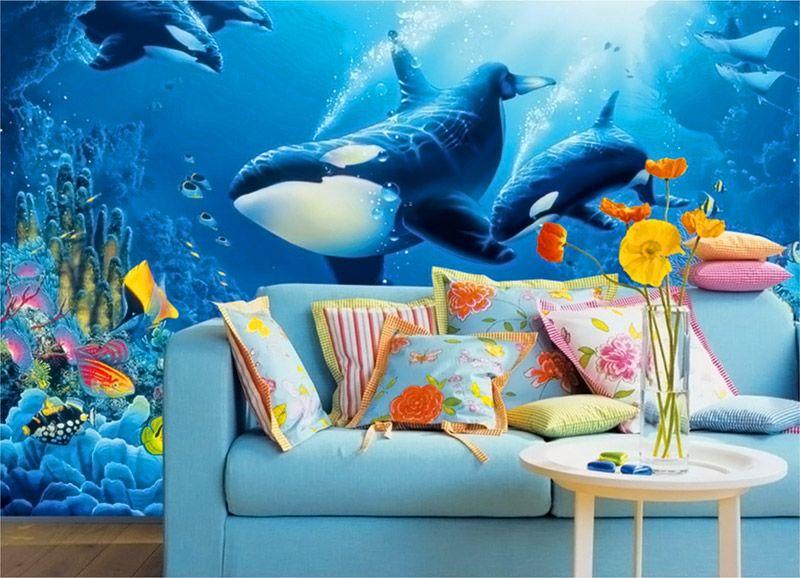 Если нет возможности установить аквариум во всю стену – можно сделать его имитацию