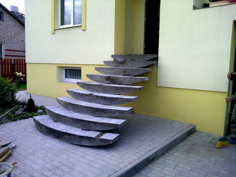 Весьма оригинальная форма ступеней