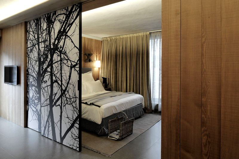 Раздвижные устройства разделят комнату на части или выделят дополнительное помещение для гардероба и кабинета