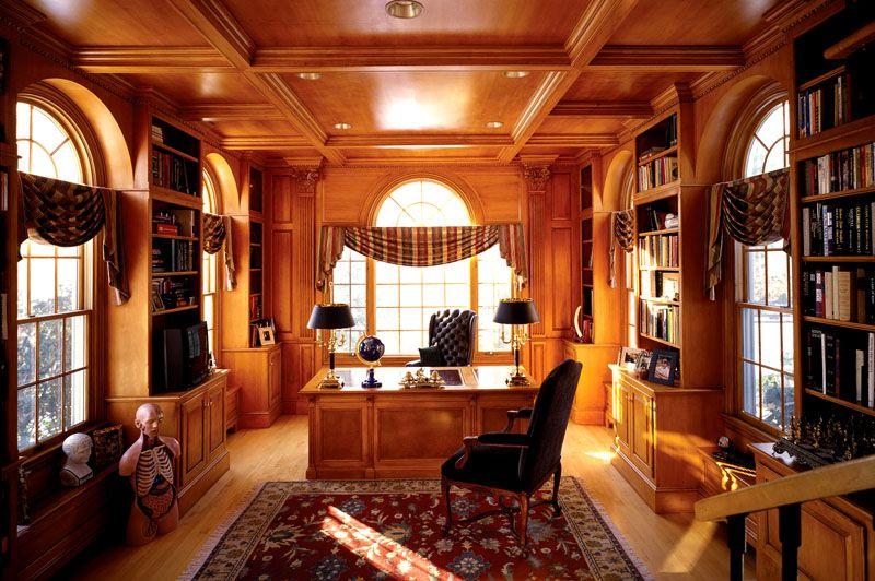 Просторный и уютный кабинет настоящего