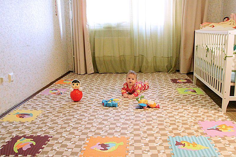 Сплошной коврик в детскую