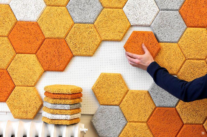 Из шестиугольных разноцветных плиток можно составить оригинальную композицию