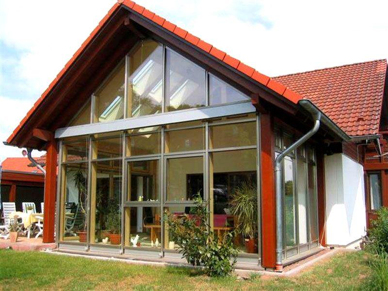 Дом с панорамными окнами: фото проектов, установка и уход.