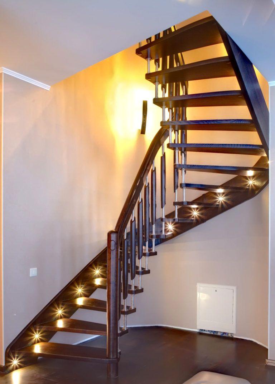 Как сделать подсветку лестницы на второй этаж