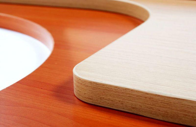 Современные искусственные покрытия настолько точно копируют оригиналы, что различия не заметны даже при близком тщательном изучении