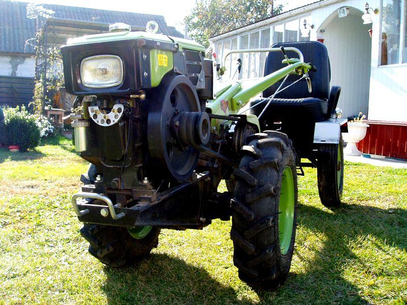 В такой комбинации техника преобразуется в полноценный трактор