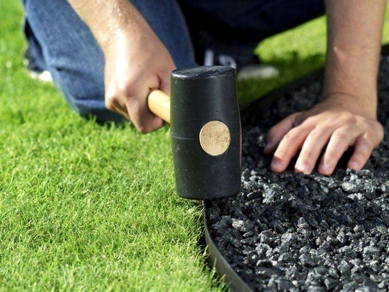 Установка садового приспособления