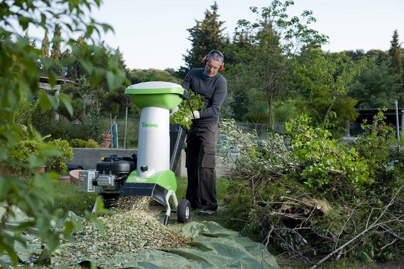 Для огорода можно использовать любой органический мусор