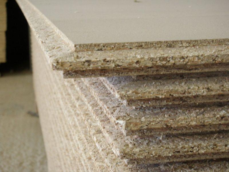 Для защиты от влаги кромку ДСП следует дополнительно обработать специальным составом