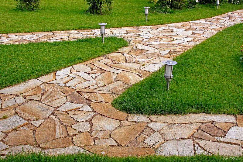 Красиво оформленные дорожки могут стать основным элементом ландшафтного дизайна