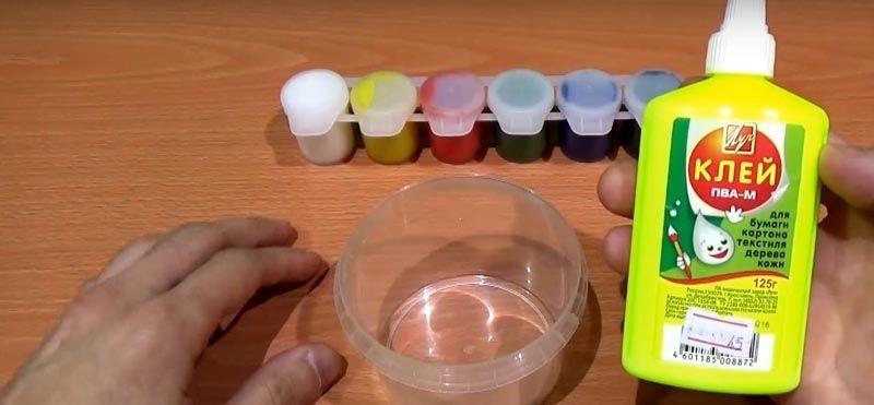 Смешивание с красителями по специальной методике поможет изменить эстетические параметры фабричного клеевого состава