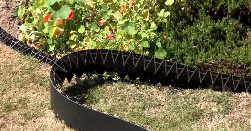 Для установки гибких лент применяются специальные крепежные детали