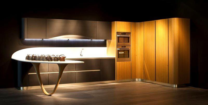 Вместо яркого оттенка можно применить эксклюзивную мебель