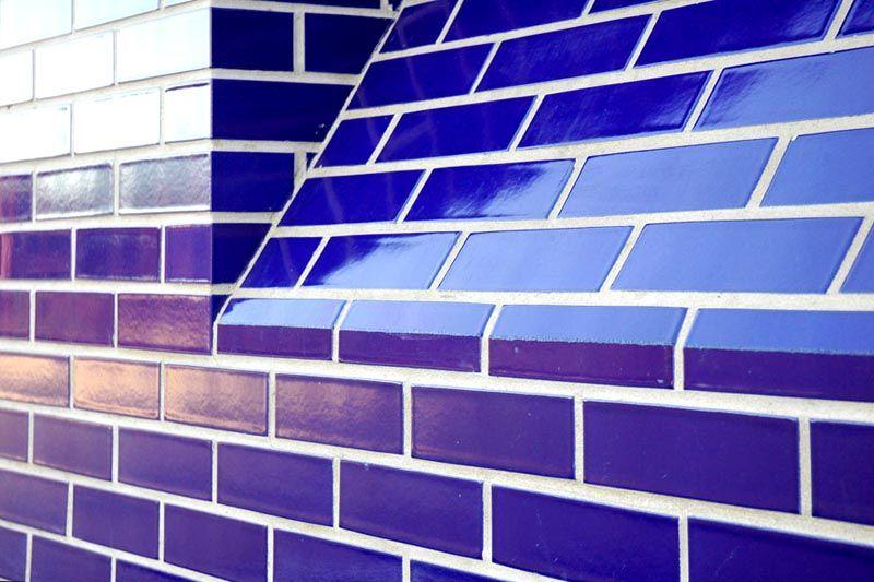 Глазурованная стенка