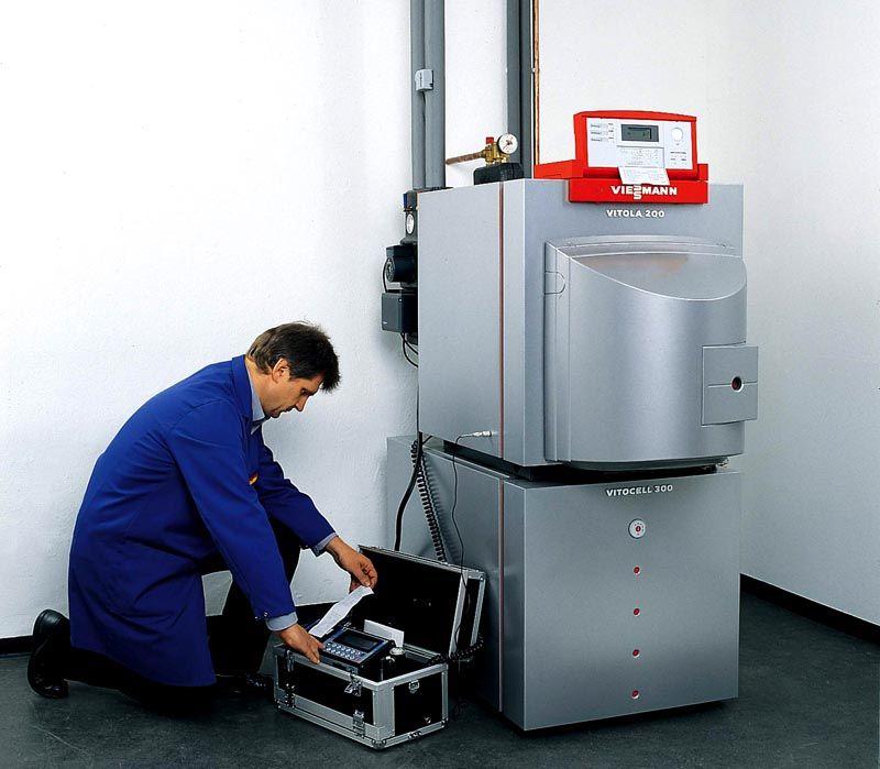 Установку и обслуживание оборудование может выполнять только специалист