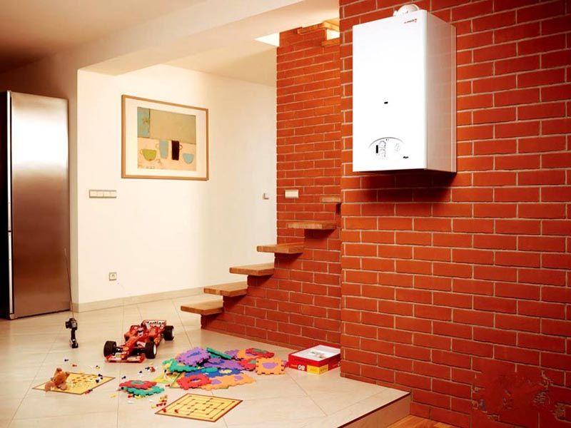 Модель настенного типа для дома