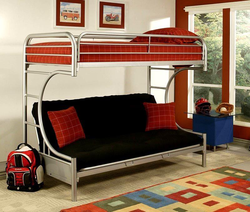 Модель с диваном идеальна для активного молодого человека