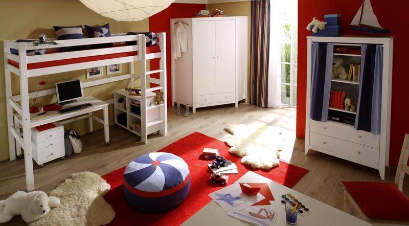 Вариант оформления пространство под спальным местом