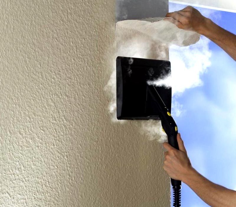 Чтобы удалить ненужные полотна можно использовать специальный отпариватель