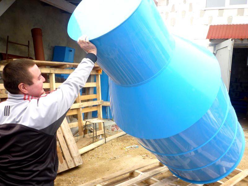Стандартные кольца колодца из пластика подойдут для создания функционального недорогого кессона