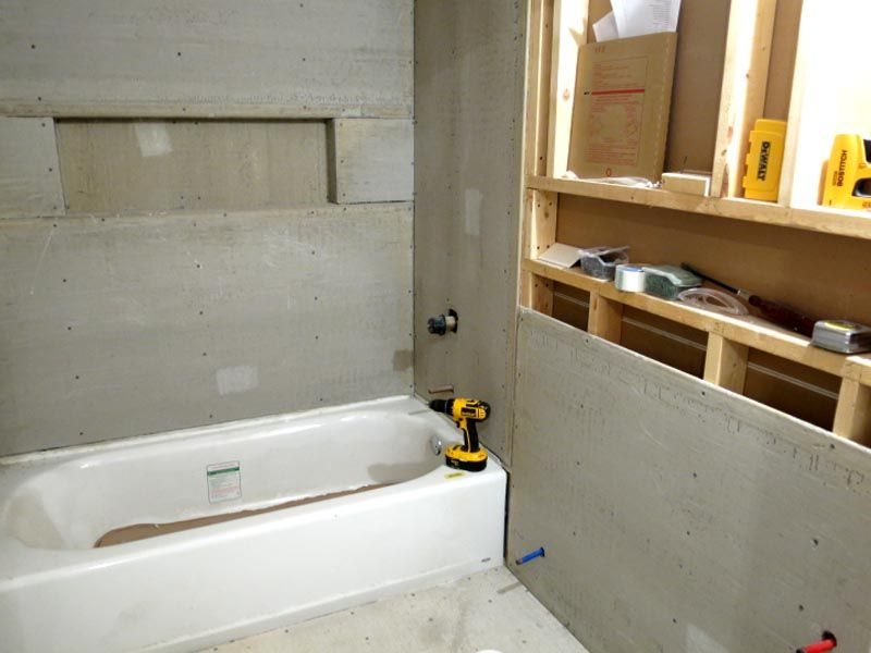 Использование ГВЛ для облицовки ванной