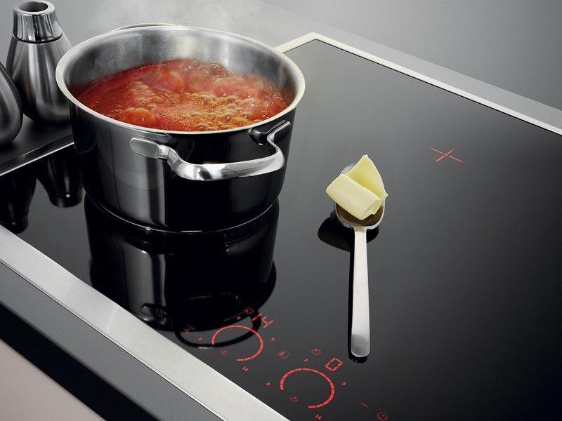 Приготовление блюд с применением индукционных варочных панелей отличается хорошими потребительскими характеристиками