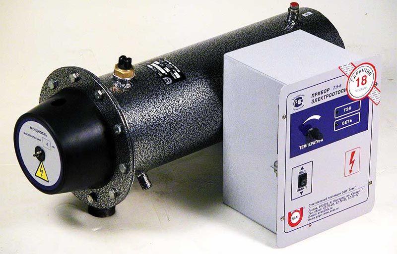 Индукционный электрический котел для отопления частного дома с блоком управления и регулировки температуры
