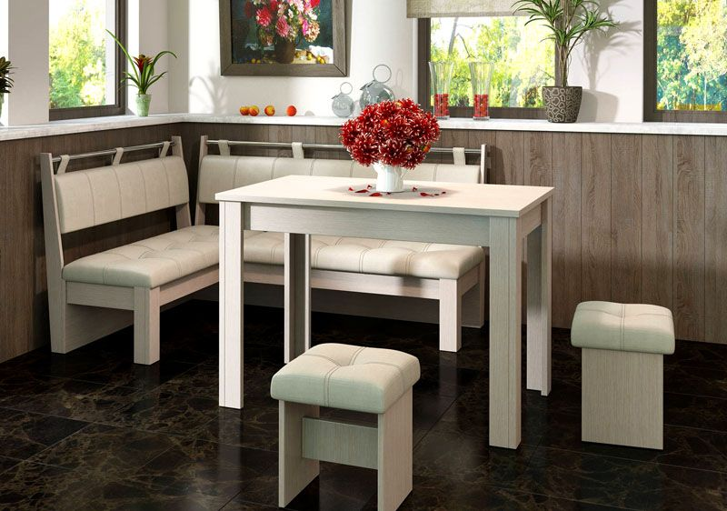 Для маленького помещения применяются компактные мебельные гарнитуры. Можно использовать даже простые комплекты квадратной конфигурации