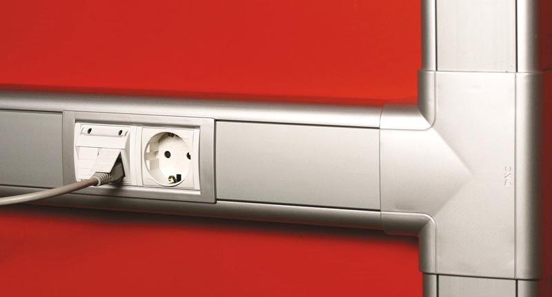 Современные кабель каналы из алюминия отличаются хорошим внешним видом