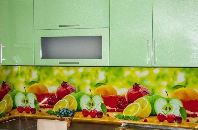 5 советов для тех, кто хочет сделать фартук для кухни из пластика
