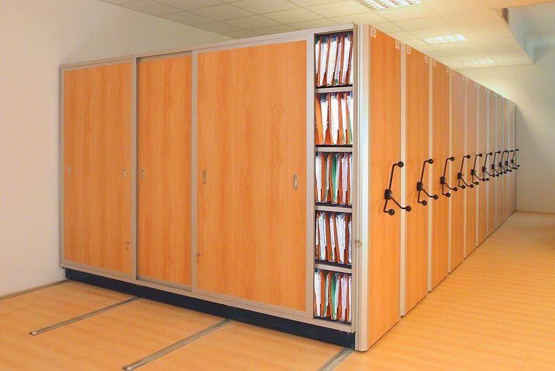 Передвижные конструкции позволяют экономить полезную площадь