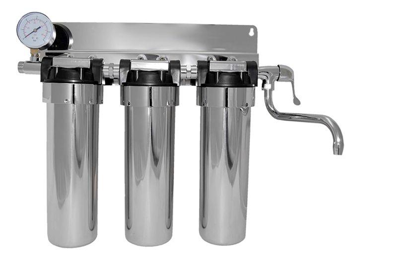Если в фильтр встроена серебряная пластина или стержень – то ионы серебра уничтожат часть вредоносных микроорганизмов