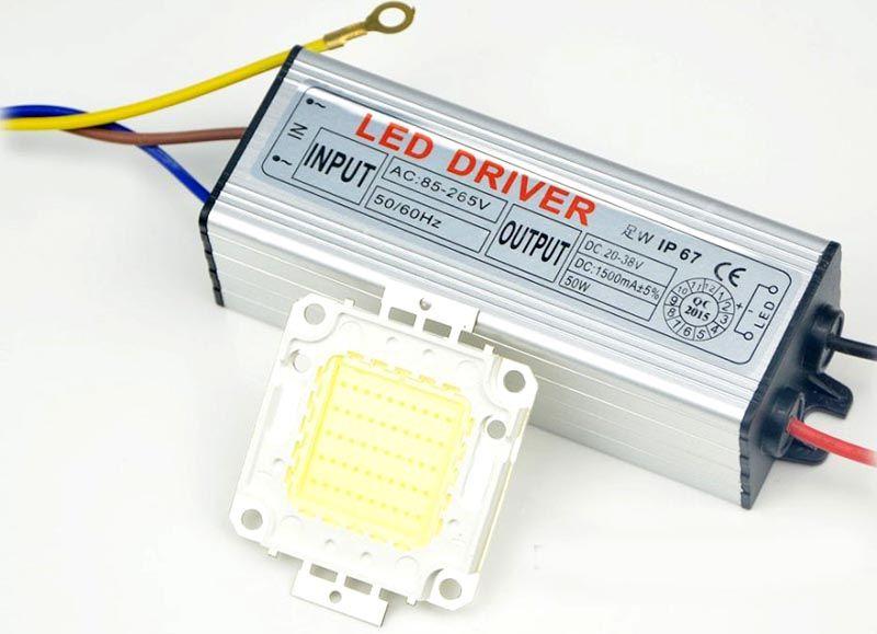 Чтобы исключить подобные негативные воздействия в цепь питания устанавливают специализированный стабилизатор тока («драйвер»)