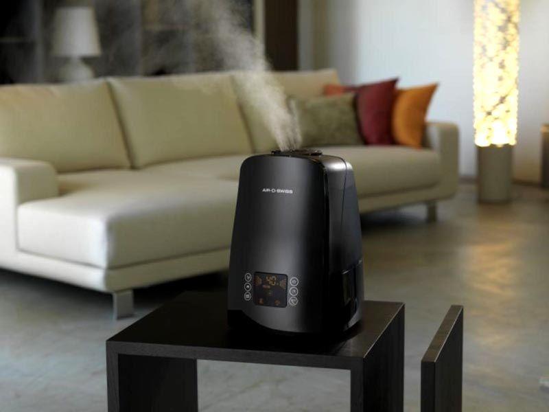 Самый популярный тип – воздухоочистители-увлажнители – их стоимость не слишком высока