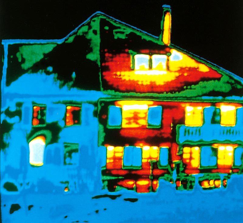 Тепловые потери дома можно сократить после выявления утечек с применением качественной изоляции