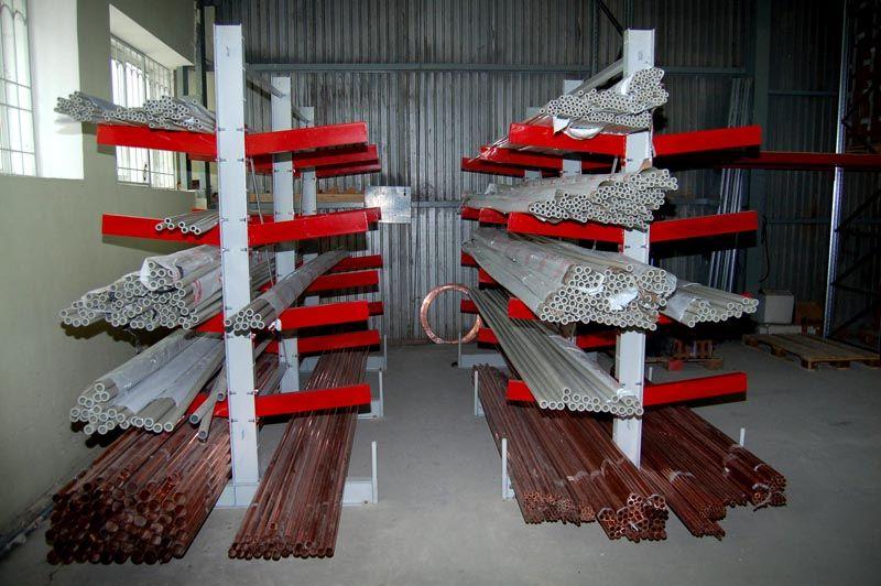 Даже на складе труб сборные конструкции могут пригодиться