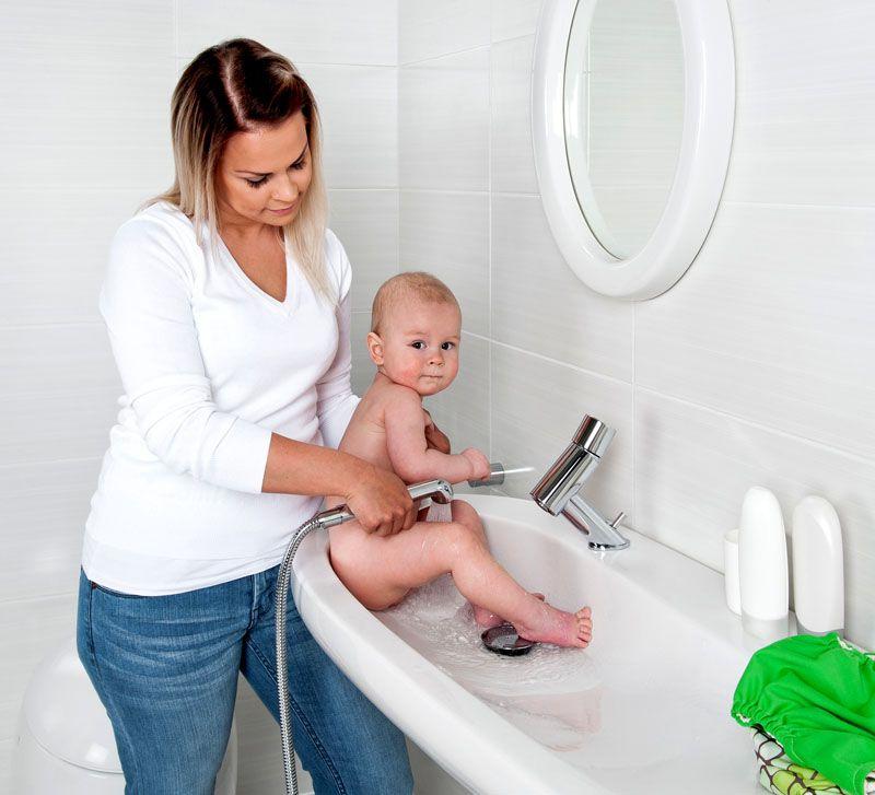 Особенно если в доме есть маленький ребенок – следить за его гигиеной становится проще