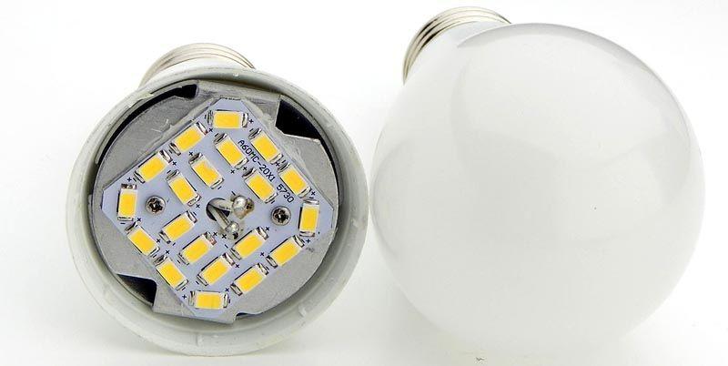 Излучающее поле лампы, созданное из SMD светодиодов