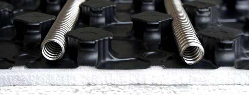 Укладка трубы из нержавеющей стали