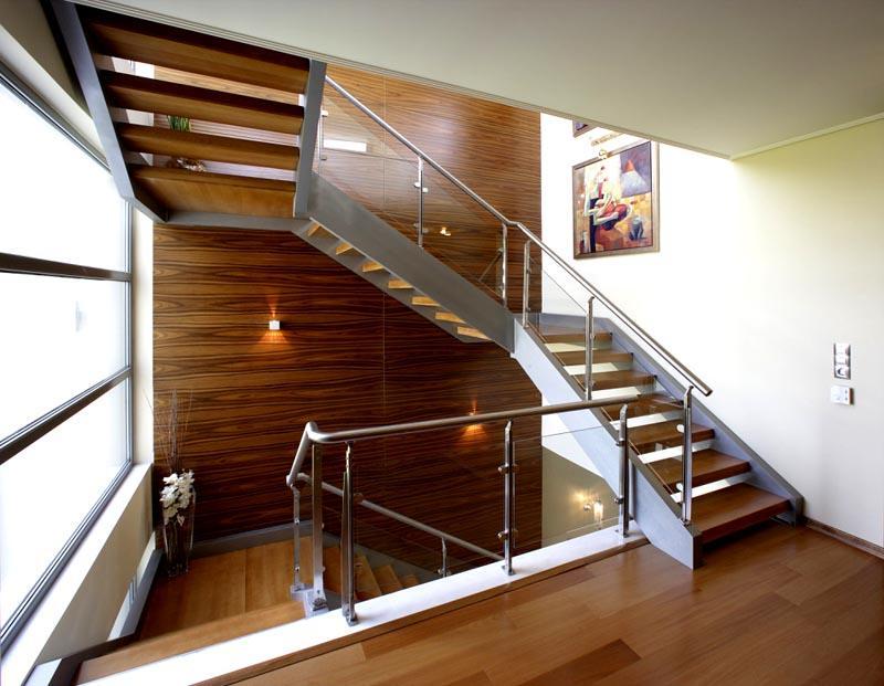 Устройство лестниц может быть достаточно сложным