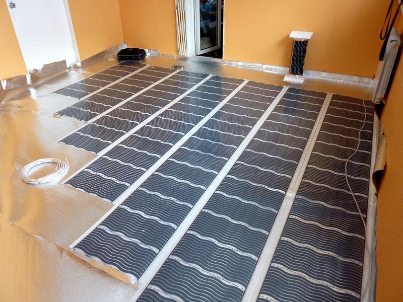 Пленочная конструкция часто используется как дополнение к основному отоплению