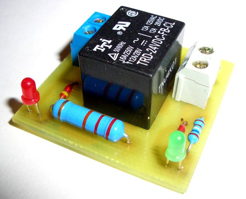 Электронное реле управления в схеме прибора