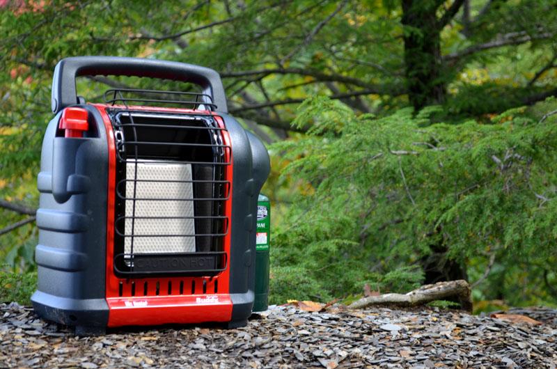 Устанавливая самые безопасные приборы отопления в палатке, нужно принять дополнительные меры защиты
