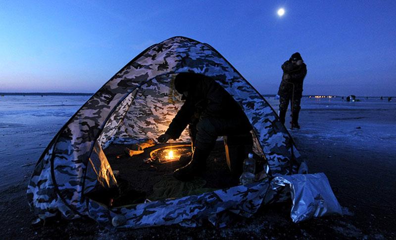 На зимней рыбалке прибор отопления – незаменимая вещь