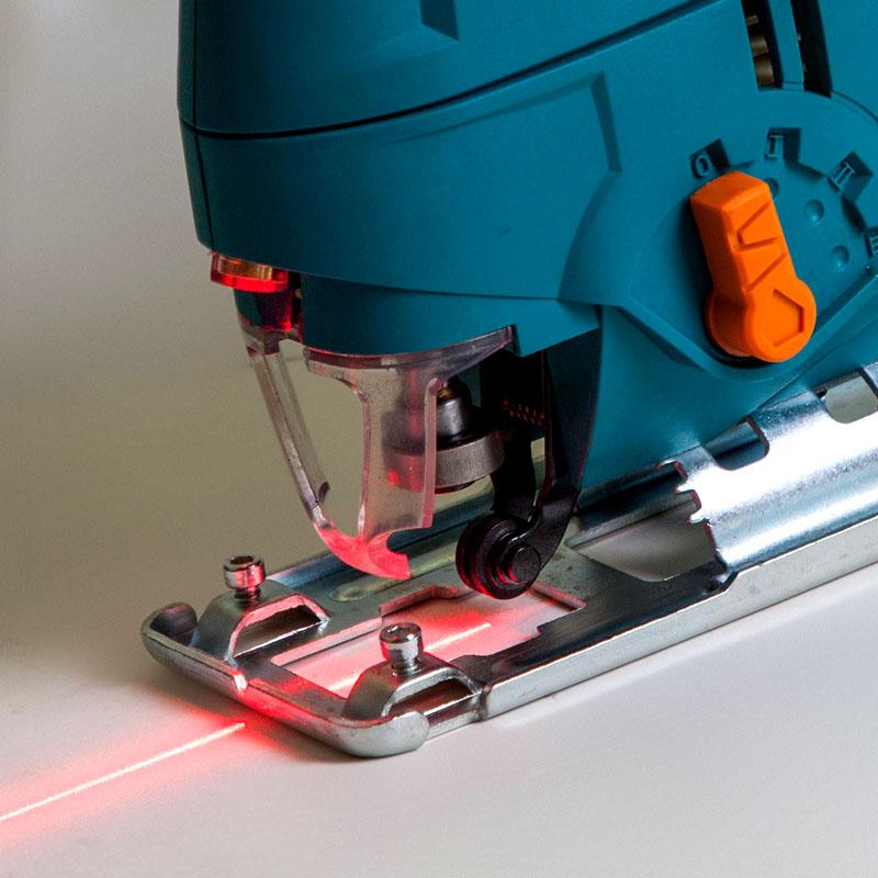 Лазерный указатель реза на лобзике не даст уйти с отметки